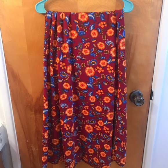 LuLaRoe Dresses & Skirts - LuLaRoe Medium Floral Maxi Skirt NWOT